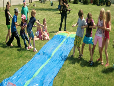 Jellystone Niagara Day Camp Tug of War